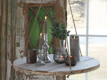 "Chic Antique ""Hengebord"